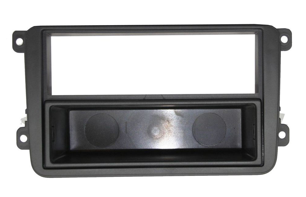 volkswagen golf 6 accessoires d 39 int gration d 39 autoradio. Black Bedroom Furniture Sets. Home Design Ideas